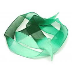 1pc - Collier Ruban Soie teint à la main 85 x 2.5cm Vert Menthe Sapin (ref SOIE164) 4558550001740
