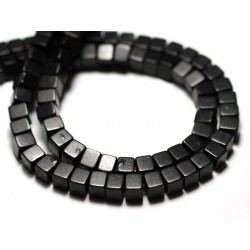 40pc - Perles Turquoise Synthèse reconstituée Cubes 4mm Noir - 8741140009073