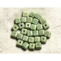 10pc - Perles Céramique Cubes 10mm Perçage 3mm Vert amande 4558550008336